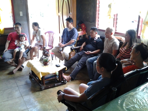 Team Tagum Enjoys Pacquiao Replay After Monday Lunch