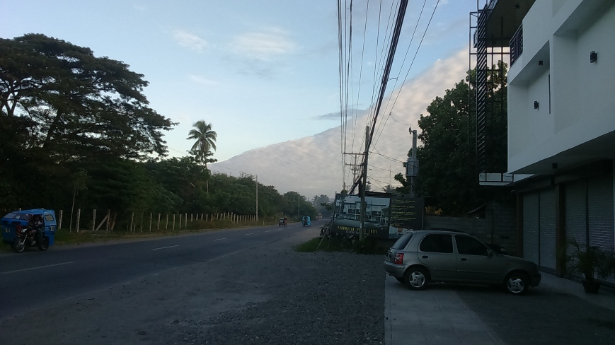 Mountain of Clouds: Road Going to Meeting Place